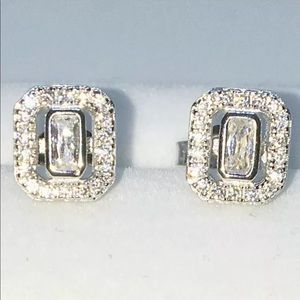 Brand New White Gold on 925 Solid Silver Earring